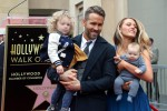 Ryan Reynolds e Blake Lively, red carpet... con figli - Foto
