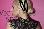 "Lady Gaga choc: ""Violentata a 19 anni, da allora soffro di una malattia mentale"""