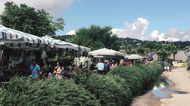 mercatino, provvedimento, Caltanissetta, Cronaca