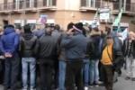 Licenziati 500 ex Lsu, è rivolta nella scuola a Palermo