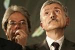 Caos nel Pd: la minoranza chiede il Congresso, D'Alema evoca la scissione