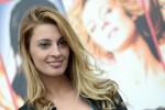 Sveva Alviti è Dalida: al cinema la vita della cantante nel segno del dolore