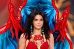 Il Victoria's Secret Fashion Show infiamma Parigi: tutte le foto