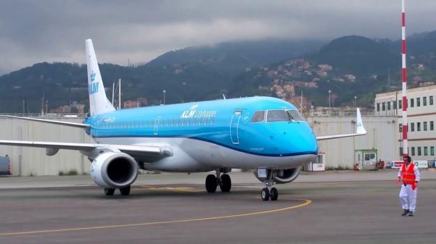 aerei, aeroporto fontanarossa, volo catania-amsterdam, Catania, Economia