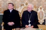 Il vicario monsignor Sebastiano Amenta con l'arcivescovo di Siracusa, Salvatore Pappalardo