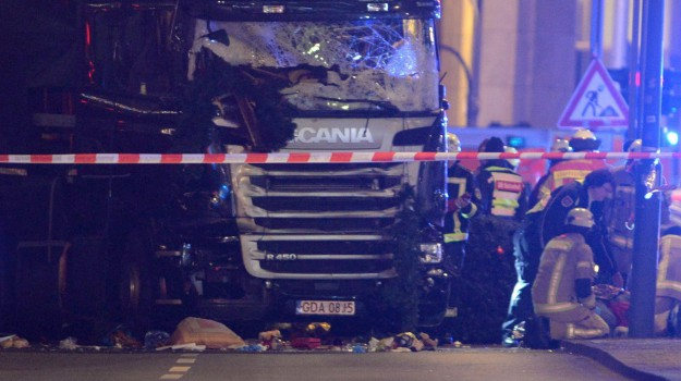attacco a berlino, Isis, tir, Sicilia, Mondo