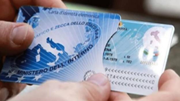 Carte identità elettroniche Palermo, Palermo, Politica