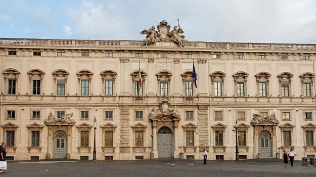 corte costituzionale, pensioni d'oro, regione, Sicilia, Cronaca