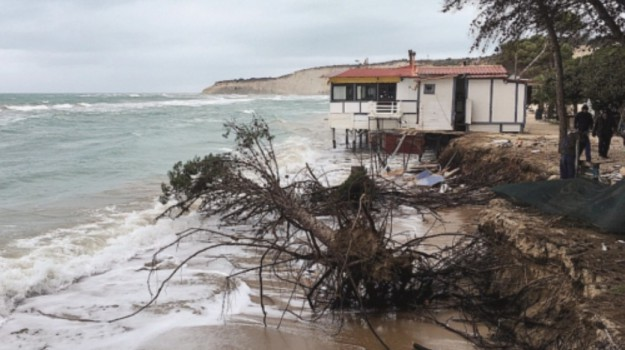 spiaggia di Eraclea Minoa, Totò Cordaro, Agrigento, Cronaca