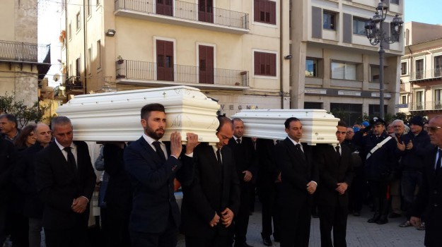 omicidio, sorelline uccise gela, Giuseppa Savatta, Caltanissetta, Cronaca