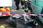 Moto contro camion a Messina, le immagini dell'incidente in cui è morta la bimba di 9 anni - Foto