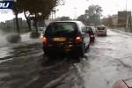 Continua l'allarme meteo nel Catanese, crolli in via Volturno