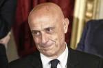 """Minniti: """"La politica rifiuti i voti della criminalità"""""""