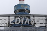 "Mediaset, Vivendi sale al 20%: aperta indagine. Il ministro Calenda: ""Scalata ostile"""