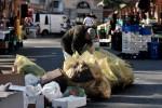 Bollette e affitti in ritardo, maglia nera della Sicilia: 1 su 4 vive in povertà