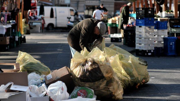 lotta alla povertà, misura rei, Sicilia, Economia