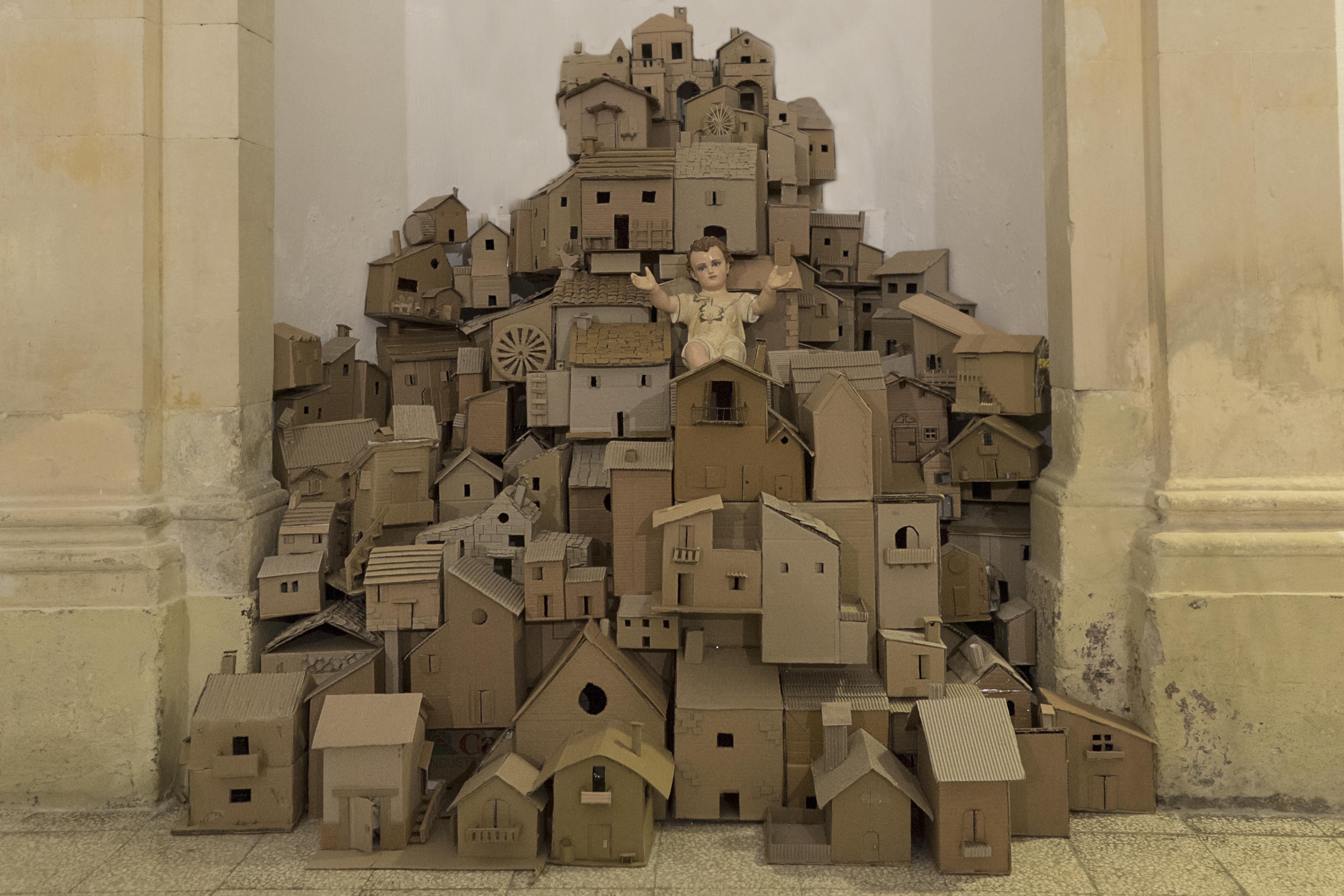 Modica il presepe nella casa don puglisi realizzato con l for Aiuto nella progettazione della casa