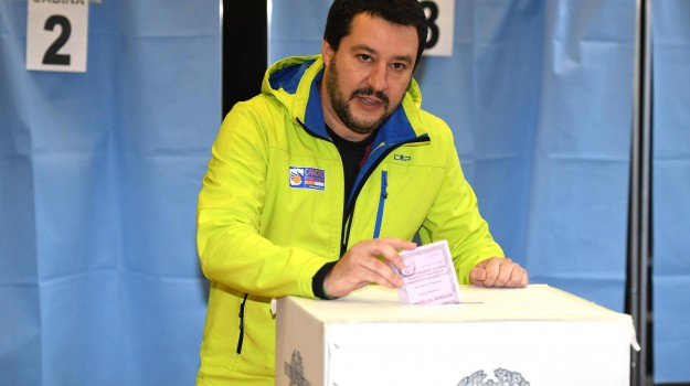 referendum, Matteo Salvini, Sicilia, Politica