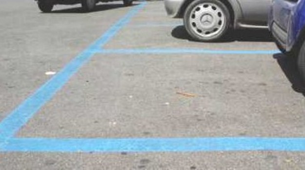 parcheggi a pagamento caltanissetta, Caltanissetta, Economia