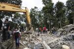 Violento sisma sull'isola di Sumatra Morti e dispersi, si teme una catastrofe