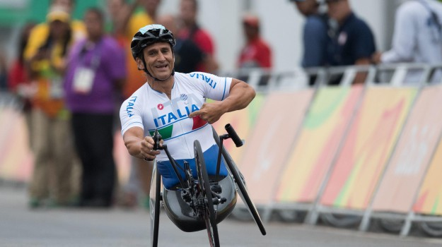 incidente, papa, Alex Zanardi, Sicilia, Cronaca