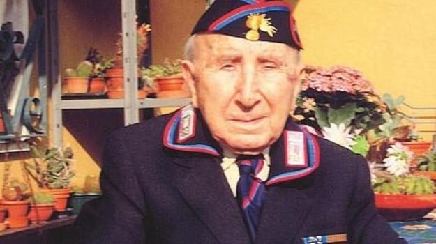 109 anni, anziano, carabiniere, Andrea Lattari, Palermo, Società
