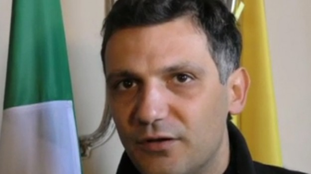 calcio aggressione arbitro castel di iudica, Catania, Sport