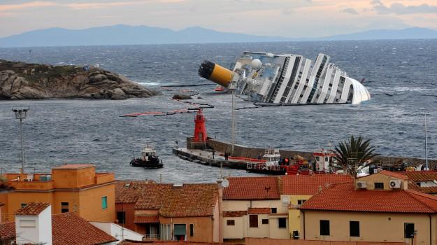 CONCORDIA, naufragio Concordia, Francesco Schettino, Sicilia, Cronaca