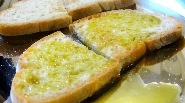 olio, pane, Sicilia, Cronache della Salute, Vita