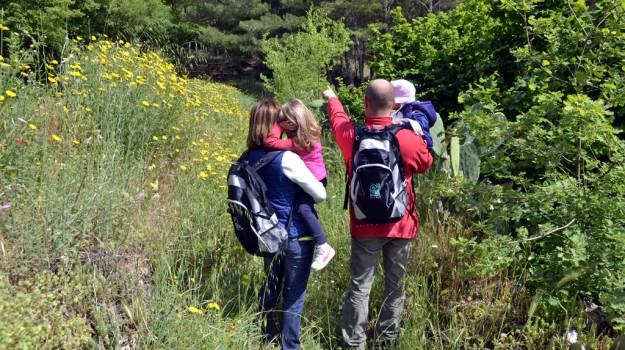 famiglia, Trekking, Sicilia, Società