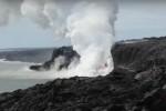 Eruzione in diretta alle Hawaii, il fiume di lava finisce in mare - Il video