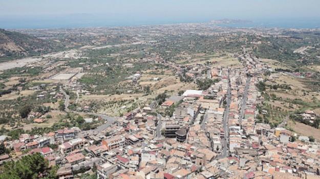 Aeroporto, valle del mela, Messina, Politica