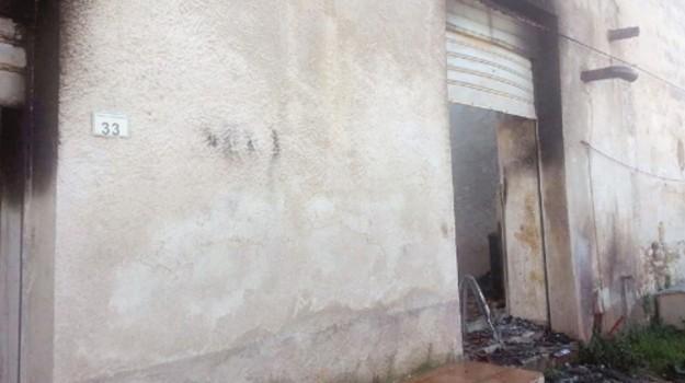 acquedolci, incendio, vigili del fuoco, Messina, Cronaca