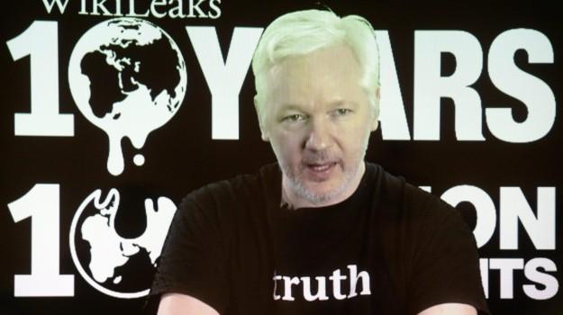 STUPRO, wikileaks, Julian Assange, Sicilia, Mondo