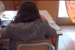 Scuole al freddo a Palermo, alunni con i giubbotti in classe alla Cavallari - Video