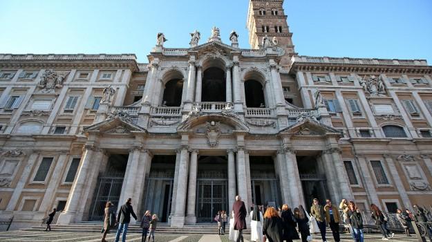 basilica roma, basilica santa maria maggiore, preti feriti, Sicilia, Cronaca
