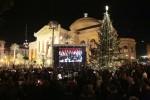 Stelle filanti e maxi schermi, il Teatro Massimo apre l'anno in bellezza