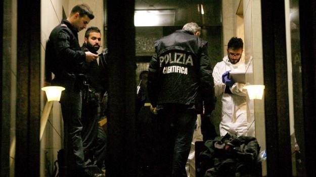 milano, trovata morta in casa, Sicilia, Cronaca