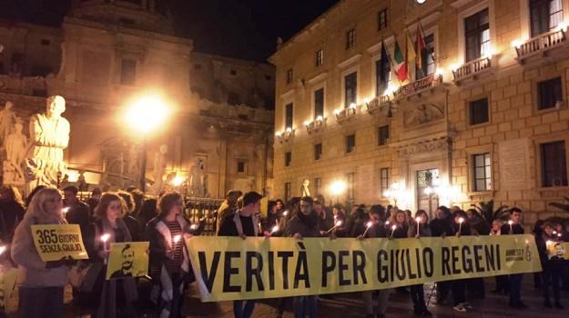 fiaccolata giulio regeni palermo, Palermo, piazza pretoria, Giulio Regeni, Palermo, Cronaca