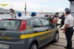 Si stava imbarcando con tre chili di marijuana in un catamarano per Malta: arrestato a Pozzallo