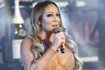 Problemi tecnici e nervosismo, figuraccia di Mariah Carey a New York - Video