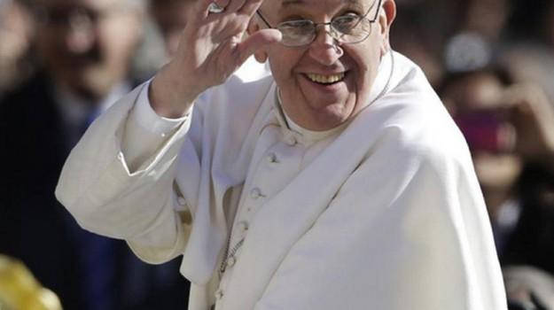 quattro anni pontificato, Papa Francesco, Sicilia, Domani in Edicola