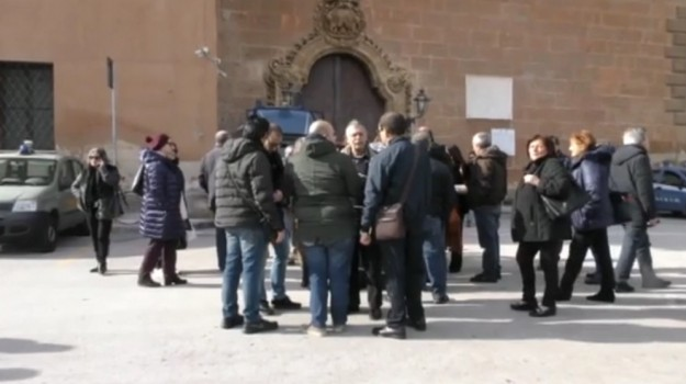 ex sportellisti sicilia, Sicilia, Economia