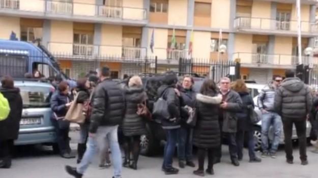 Asu, precari, protesta Asu, Sicilia, Economia