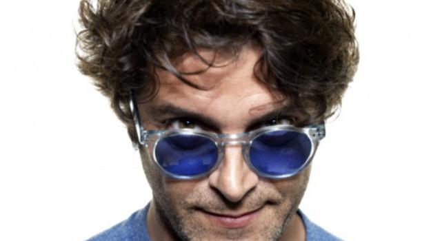 cantante, televisione, Samuele Bersani, Sicilia, Società