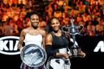 Serena Williams supera in finale la sorella e vince gli Open d'Australia