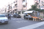 Via Ingegneros, qui i banditi hanno abbandonato il furgone