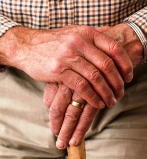 Ragusa, finiti i fondi Pac: taglio dell'assistenza agli anziani