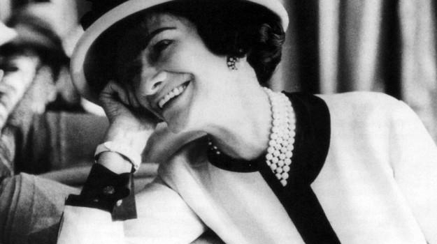 fondatrice, profumo, Coco Chanel, Sicilia, Società