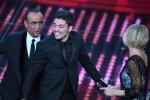 Il Festival incorona Lele, l'ex di Amici trionfa tra i giovani: fuori Ron, Ferreri, Al Bano e D'Alessio